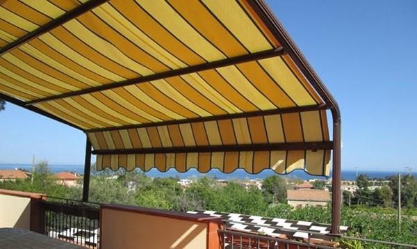 Pergolati,coperture amovibili su balconi,terrazzi privati - Ancona ...